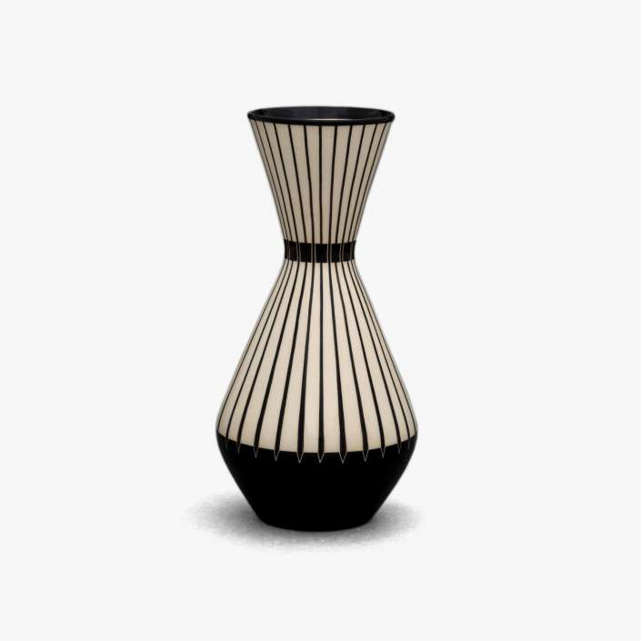 hedwig bollhagen vase 151 trooves. Black Bedroom Furniture Sets. Home Design Ideas