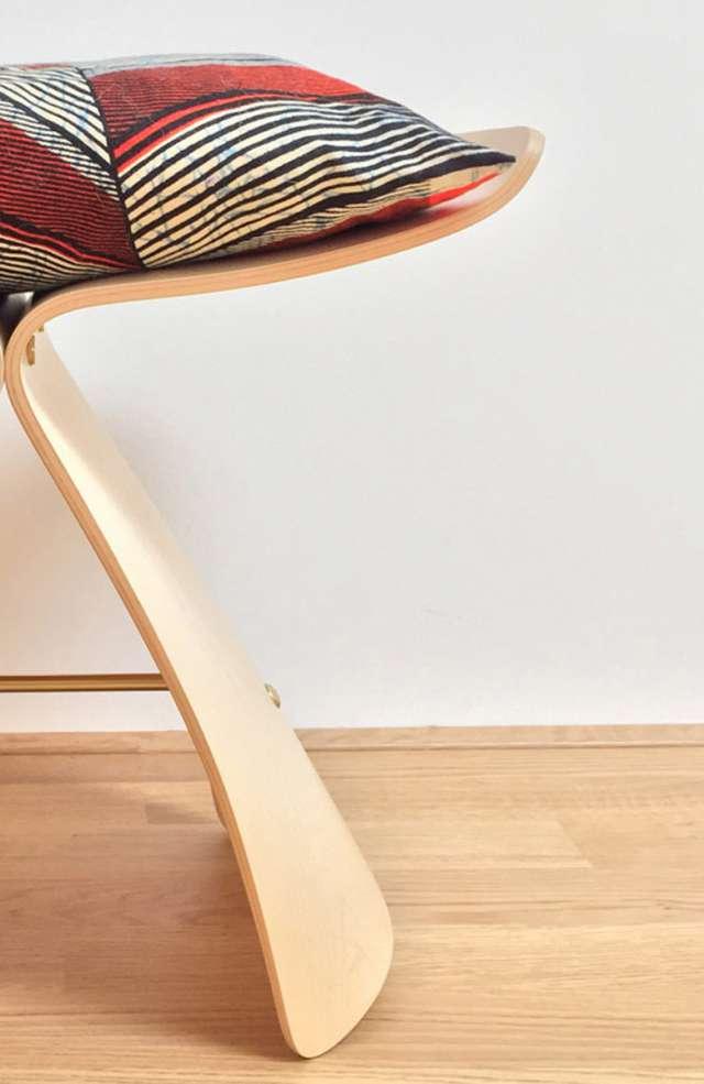BJ-butterfly-stool-isamu-noguchi-780-1200