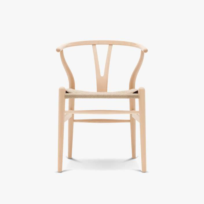 Carl-Hansen-CH24-Wishbone-Chair-Buche-geseift