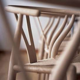 ch24-y-wishbone-stuhl-chair-eiche-oak-carl-hansen-closeup